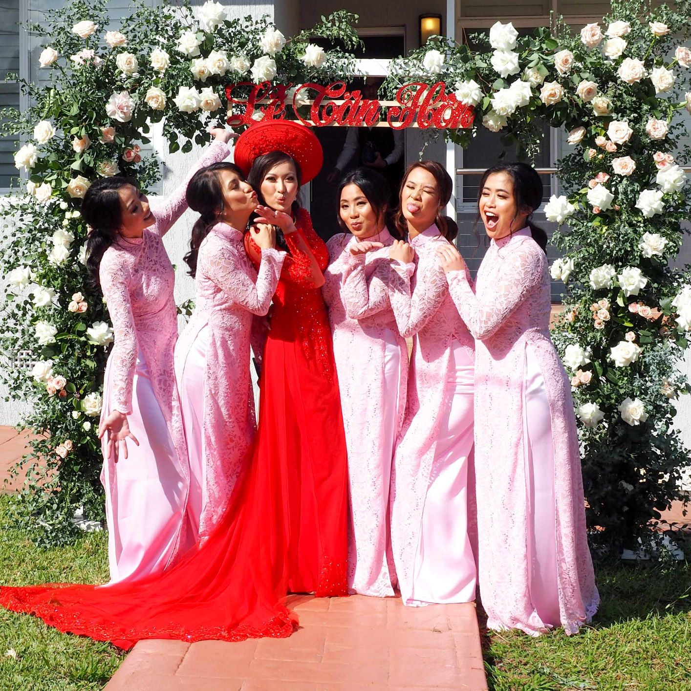 Bridesmaid Ao Dai Photo 16