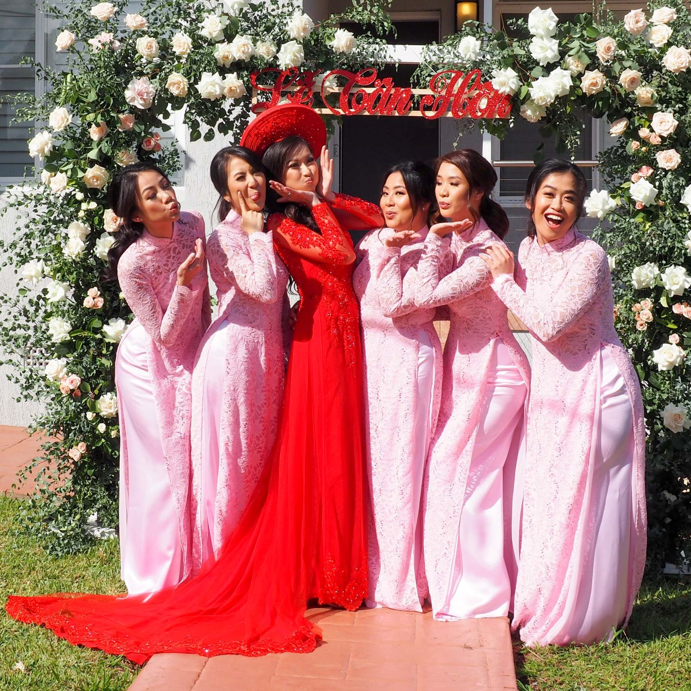 Bridesmaid Ao Dai Photo 17