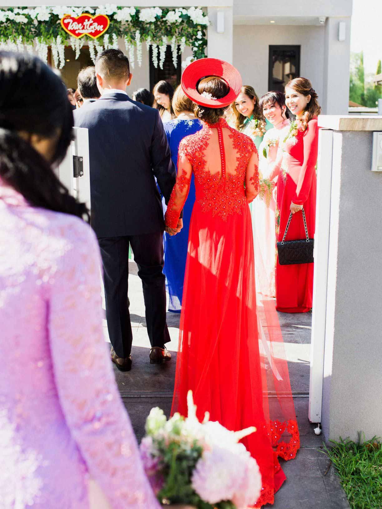 Linda's Wedding Ao Dai Photo 8