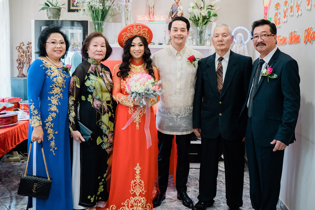 Mother of the Bride Ao Dai Photo 6