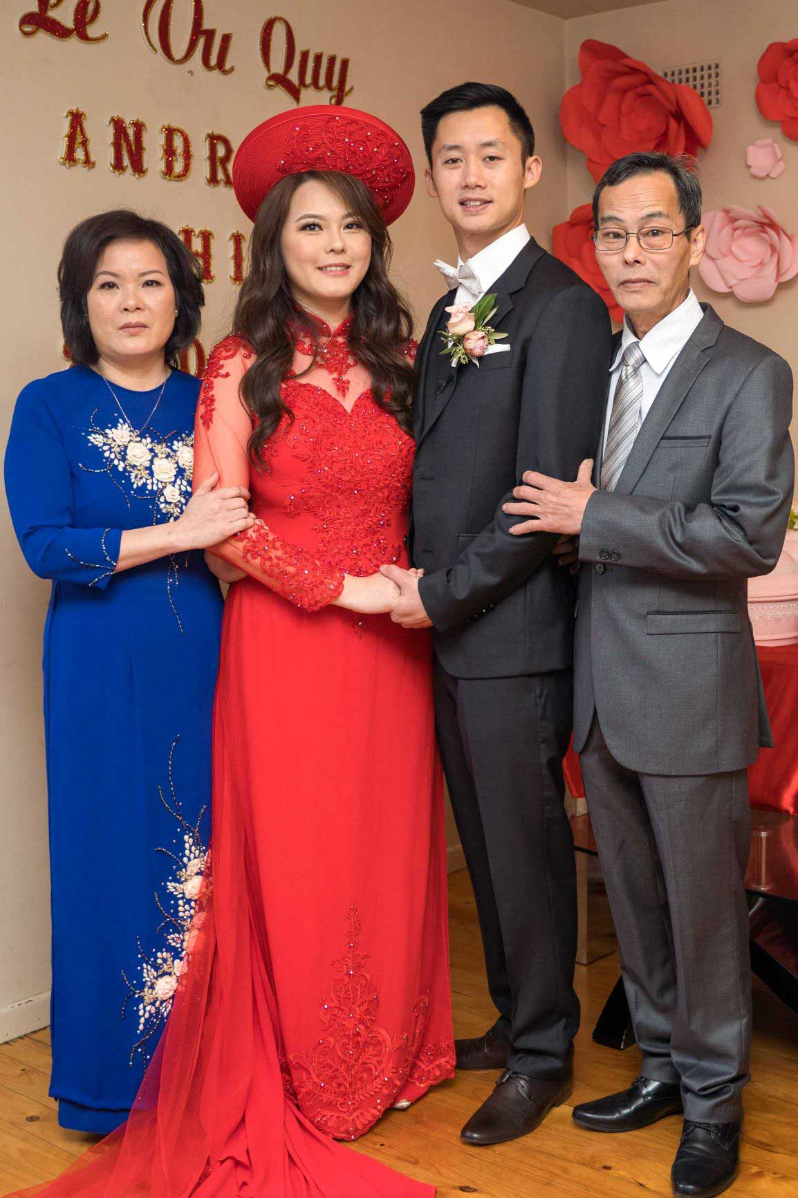 Mother of the Bride Ao Dai Photo 9
